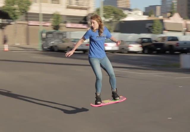 Skateboard volante costo