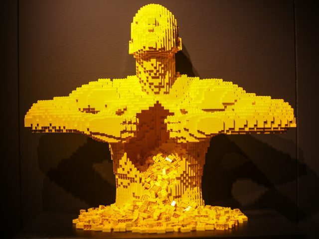 the-art-of-the-brick (2)